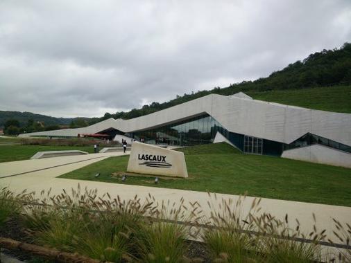 Construction du centre International de l'Art Pariétal – Lascaux IV – à Montignac Lascaux (24)