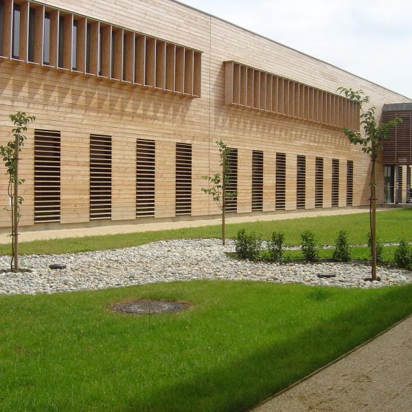 CONSTRUCTION DU LYCEE DU BATIMENT – PIERRE JOEL BONTE- RIOM (63)