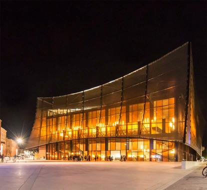 Construction du Grand Théâtre et aménagement urbain du site pour la Ville d'Albi (81)